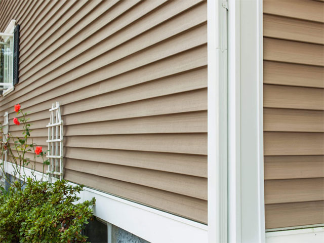 siding-roofing-installation